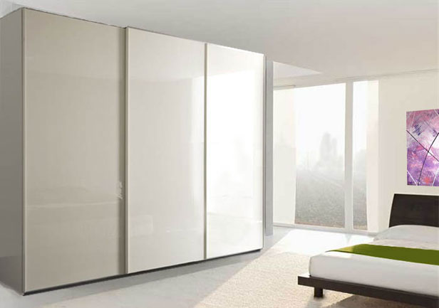 armadi classici bianchi mobili
